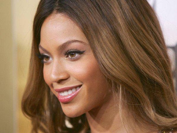 Beyoncé : déjà deux projets pour 2013