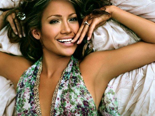 Beyoncé accusée de playback : Jennifer Lopez la défend !