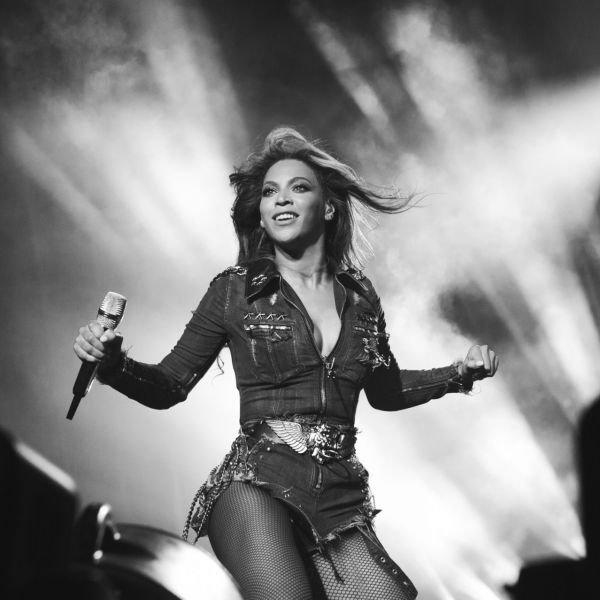 Beyoncé tacle Jay-Z sur son infidélité en plein concert
