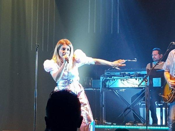 Le Concert de Julie Zenatti le 19 juin 2021 a Lille ( 3 )