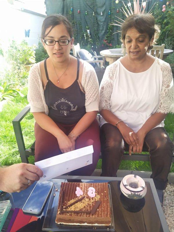 Anne sophie et sa maman chez nous le 31 juillet 2021 ( 1 )