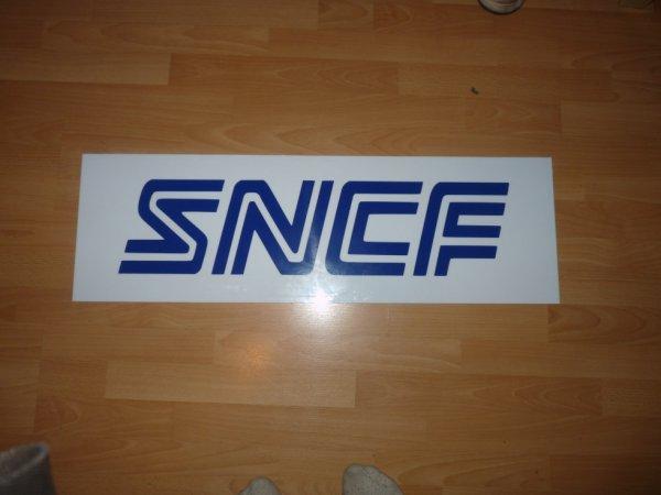 Petite enseigne SNCF fait maison
