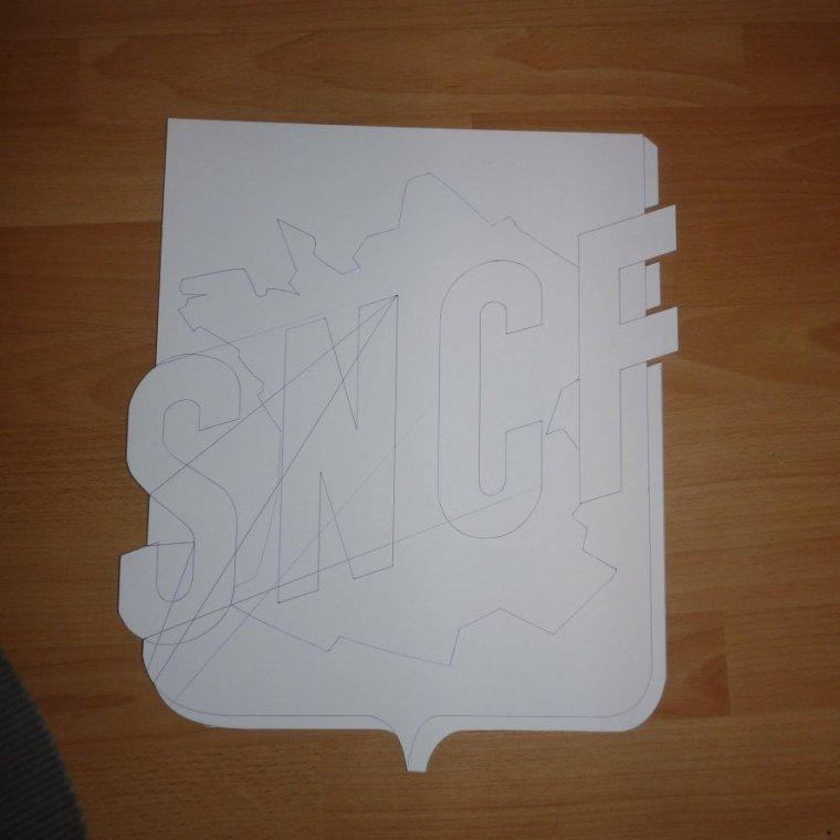 Mon prochain projet  40 x 35 cm   réalisation en contre plaquet de 5 mn
