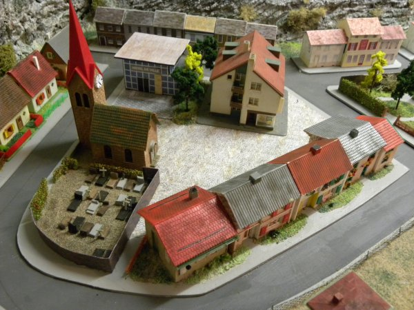 La place principale du village