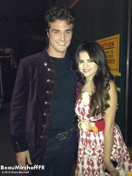 """Les sorciers de Waverly Place"" spécial Co-Star ""Addicted a Selena Gomez"
