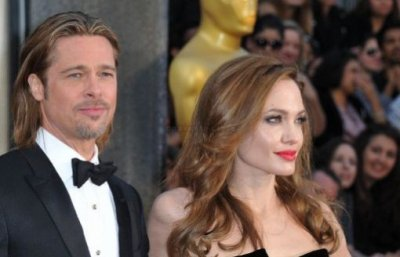 Brad Pitt et Angelina Jolie: Enfin fiancés!
