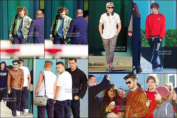 03/03/15 :  Les One Direction ont été aperçus, arrivant à l'aéroport de  « Heathrow » situé dans Londres.Le groupe est de retour en Angleterre pendant les jours de repos. Liam & Harry ne se sont pas arrêtés pour les fans contrairement aux trois autres.