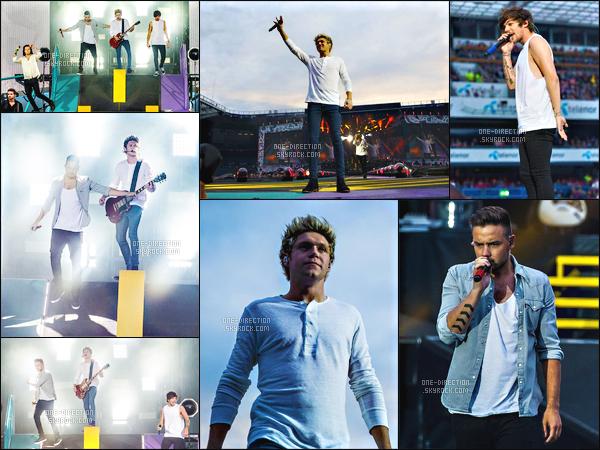 19/06/15 :  Les One Direction étaient sur scène lors du  « On The Road Again Tour » à Oslo en NorvègeLa quatrième tournée des One Direction poursuit donc sa route en Europe. Les gars chantent désormais les chansons No Control et Eighteen.