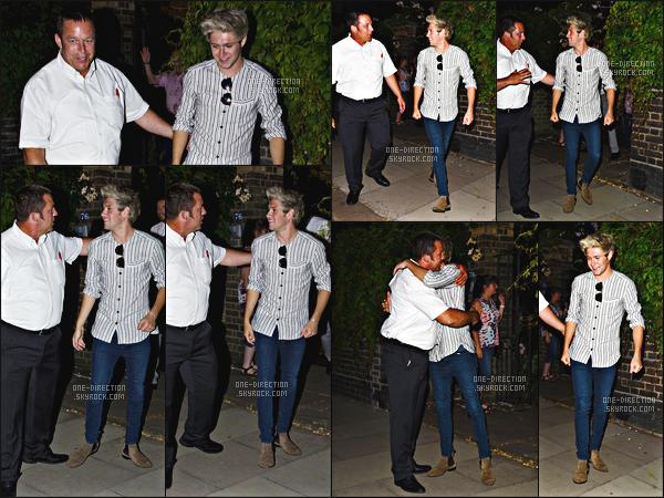 02/06/15 : Niall a été vu alors qu'il se rendait à une fête organisée par le management Modest à Londres.Contrairement à ses coéquipiers, Niall est toujours en Angleterre et sera le dernier à s'envoler pour les États-Unis où la tournée reprendra le 09/07.