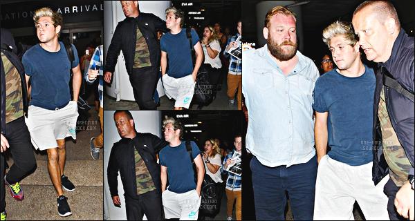 07/07/15 : Niall a été photographié alors qu'il arrivait à l'aéroport de « L.A.X » à Los AngelesNiall est donc le dernier du groupe à être arrivé à Los Angeles. La tournée américaine commence dans deux jours, la set-list a était d'ailleurs modifiée