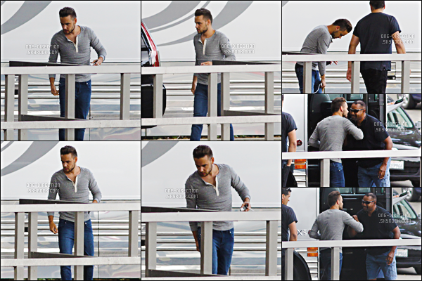 10/07/2015 : Liam a été vu, prenant sa pause clope en dehors du bus de tournée à San DiegoLe lendemain, Niall a été aperçu alors qu'il dînait au restaurant « BOA Steakhouse » situé à Los Angeles. La qualité des photos est trop médiocre.