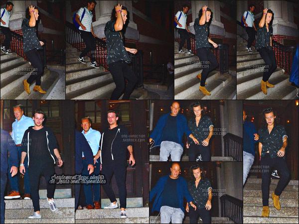 04/08/2015 : Niall Horan a été vu alors qu'il allait au « Westchester Country Club » situé dans New-YorkDe plus, Liam, Louis et Harry se sont rendus à l'anniversaire de Lottie Tomlinson la petite soeur de Louis. Elle fêtait son 17ème anniversaire.