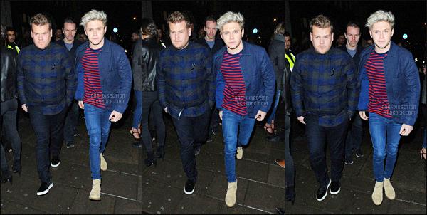 13/11/2015 : Les One Direction ont été aperçus en allant au studio de la « BBC Radio 2 » situé à Londres.Les garçons continuent la promotion de leur nouvel album « Made In The A.M. » et donc enchaînent les radios. Ils sont vraiment parfaits. Un top !