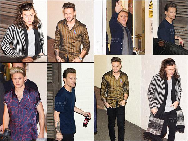 15/11/2015 : Les One Direction ont été vu lorsqu'ils quittaient « The Fountain Studios » situé à Londres.Les garçons se sont rendus à l'émission « X-Factor » afin de chanter leur dernier titre « Perfect » et d'enregistrer une performance pour l'Australie.