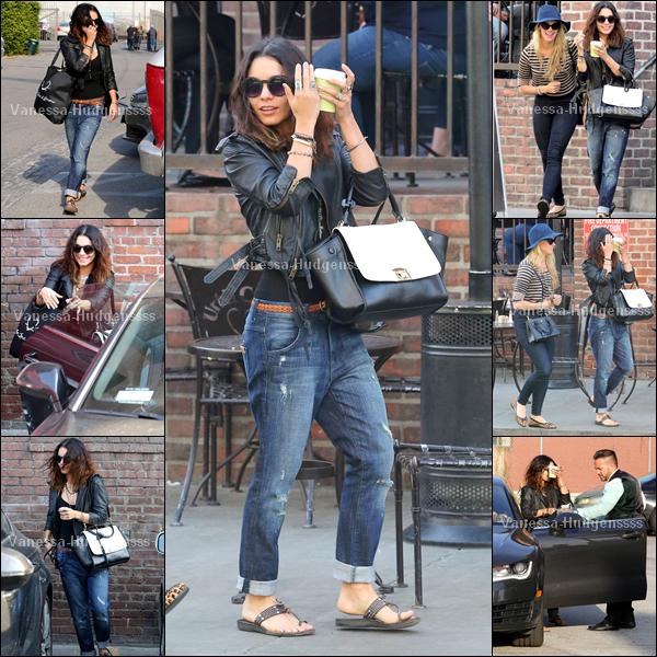 """25.03.2014 : Vanessa a été photographiée quittant le """"Urth Cafe"""" dans Los Angeles avec son amie Laura New. Pour sa tenue je trouve que c'est un TOP, même si je n'aime pas ses chaussures et que je trouve qu'elles gâchent un peu sa tenue. Et vous ?"""