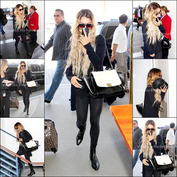23.04.2014 : Vanessa a d'abord été vue lorsqu'elle arrivait au LAX Airport de Los Angeles. TOP pour sa tenue
