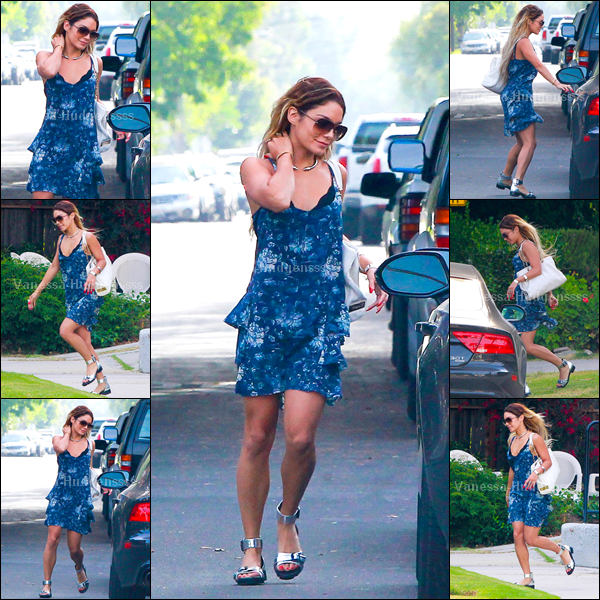 """26.06.2014 : Vanessa a d'abord été photographiée lorsqu'elle se rendait dans un """"Starbucks"""" dans les rues de Los Angeles, avec Laura New. Tenue simple, c'est un BOF pour ma part, je déteste ces chaussures. Vos avis ?"""