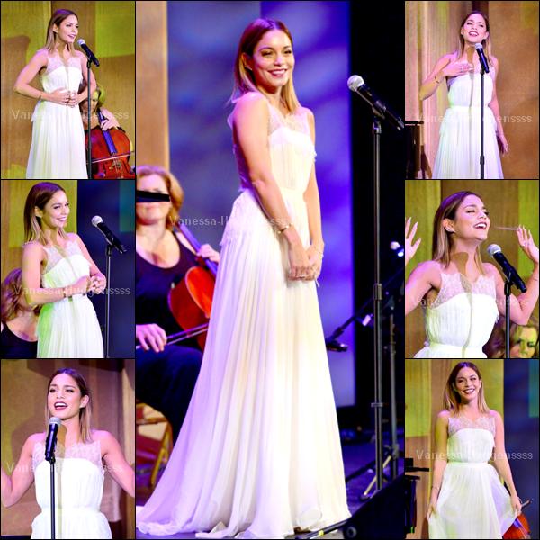 """13.09.2014 : Vanessa était présente au """"Voices On Point Gala"""". J'aime bien la robe de Vanessa. TOP ! Vos avis ?"""