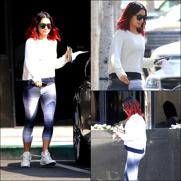 14.11.2014 : Vanessa a été vue dans les rues de Beverly Hills. Je n'aime pas sa tenue, FLOP. Vos avis ?