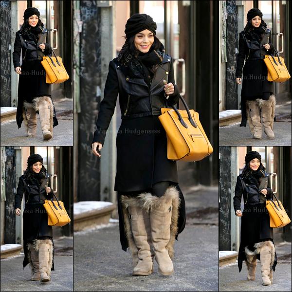 06.03.2015 : Vanessa a été aperçue dans les rues de New York. J'aime le haut de sa tenue, mais pas le bas.. Son sac jaune et les bottes ne vont pas avec la tenue..FLOP. Vos avis ?