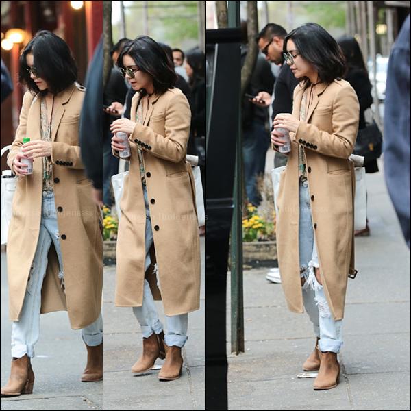 01.05.2015 : Vanessa a été aperçue quittant son appartement à New-York. Je n'aime pas trop sa tenue, BOF. Vos avis ?