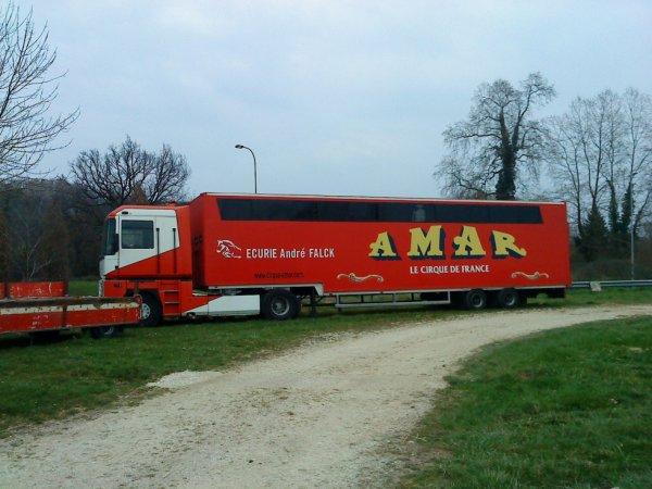 Le cirque AMAR à Périgueux / Dordogne