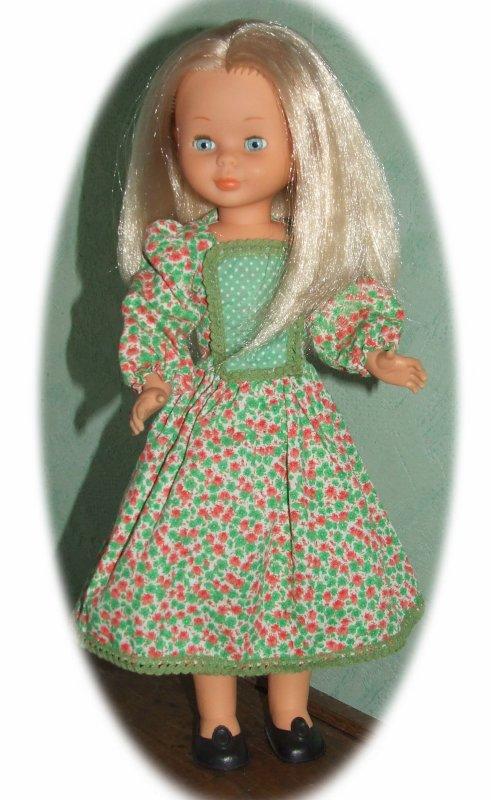 "Nancy en tenue printanière d'origine ""Campestre""  $)"