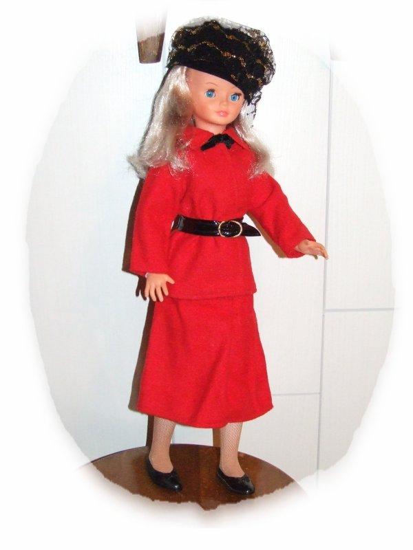 """Cathie en tenue """"Cocktail"""" de 1979"""