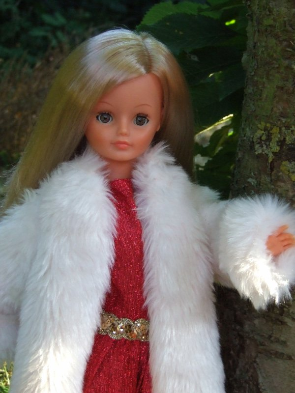 """Tenue """"Versailles"""" de 1977, le manteau est arrivé"""
