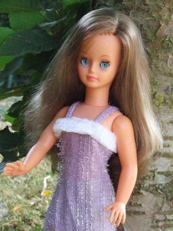 """Nouvelle robe """"Alexandrine"""" de 1977"""