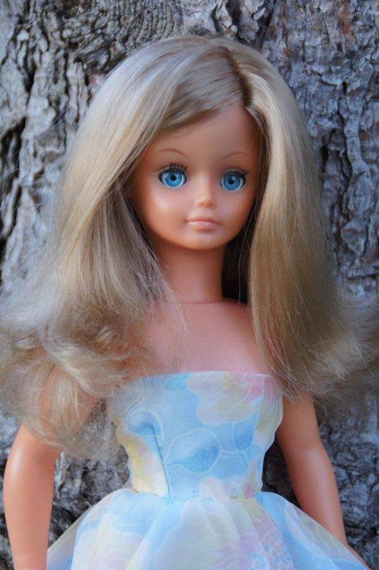 Cathie, quand ses cheveux ne sont plus mouillés