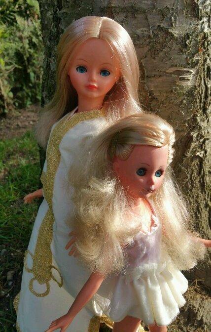 Cathie et Corinne de Wy dit Joli Village