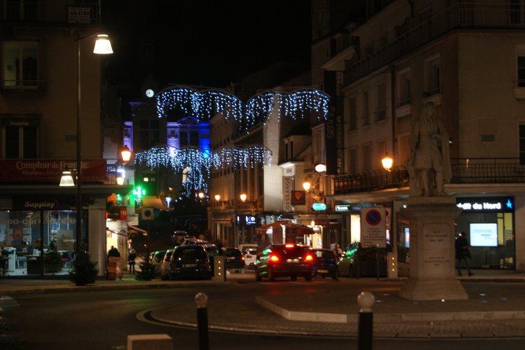 C'est avec les décos de Château-Thierry que je vous souhaitent une bonne soirée !!!