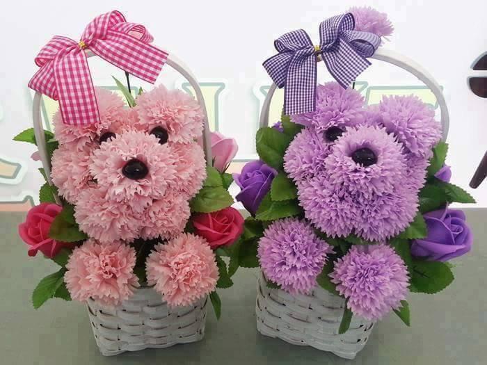 Jolies créations florales, j'aime beaucoup !!!
