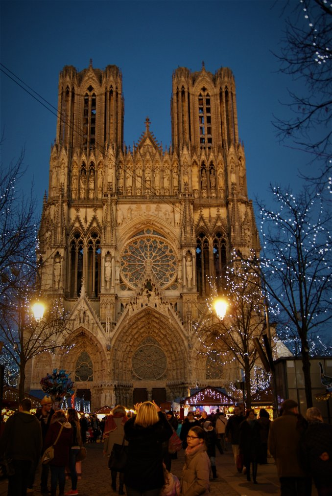 Le marché de Noël de Reims, j'aime beaucoup, photos perso !!!