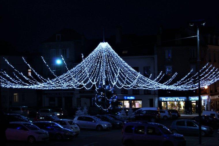 Très belles décorations de Noël de la mairie de Château-Thierry !!!