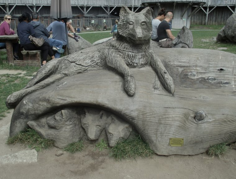 Les loups de Chabrières, parc animalier des monts de Guéret !!! Photos perso !!!