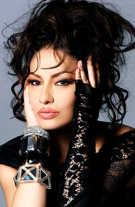 Adelina Ismaili mbetët e pamposhtur....