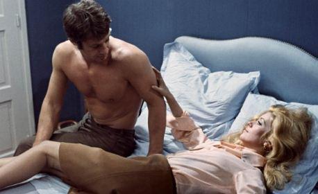 humour couple au lit blog de blue moonshine. Black Bedroom Furniture Sets. Home Design Ideas