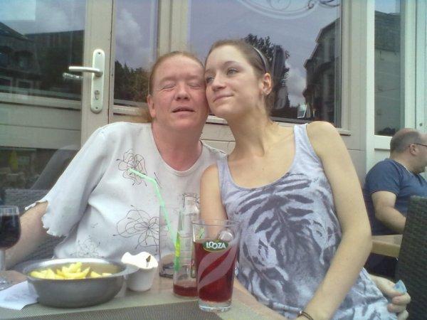 moi et ma fille sur terasse