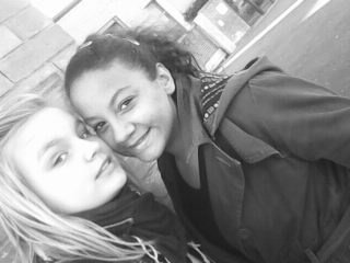 Que Elle Ds Maa Viie Jee Taiime <3