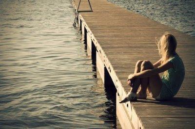 Et si un jour je te manque, rappelle toi combien j'ai pu t'aimer, toute la confiance que j'ai pu te donner, combien de sourires je t'ai fait. Rappelle toi de chacune de mes erreurs, de tous mes plus gros défauts. Rappel toi de chaque câlin, de chaque larme versée. Rappelle toi de ce qu'on a fait ensemble, et oublie tout.
