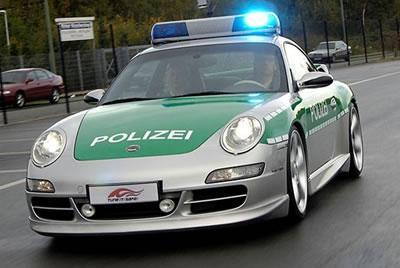 police allemande avec des porsche 997 carrera s amoureux de belle voiture atention les yeux. Black Bedroom Furniture Sets. Home Design Ideas