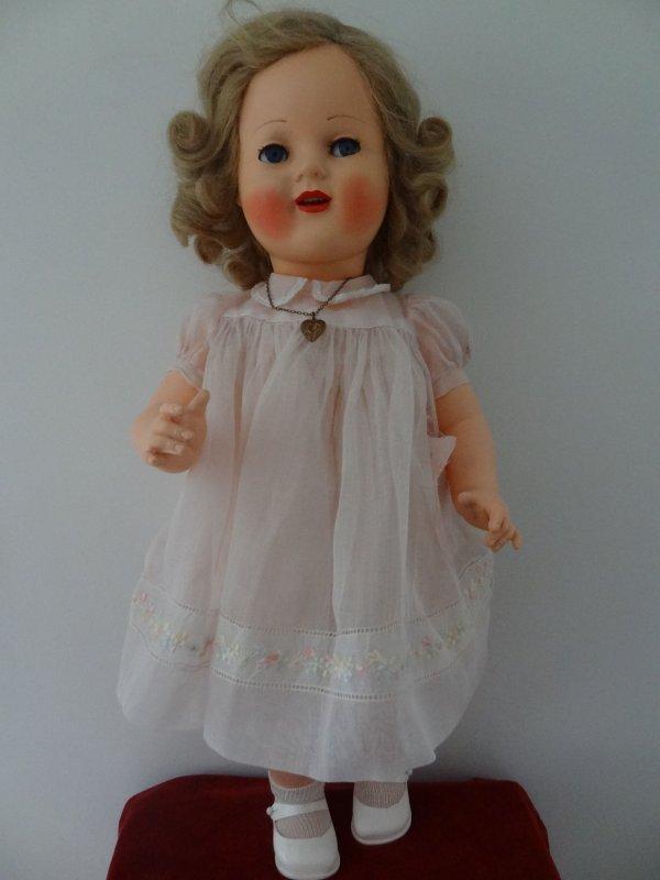 Les superbes poupées de Raynal ...Florence 57 cm entièrement en rhodoid