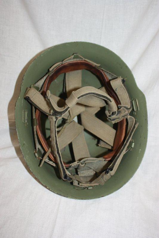 74. Yougoslavie casques - Yugoslavia helmets.