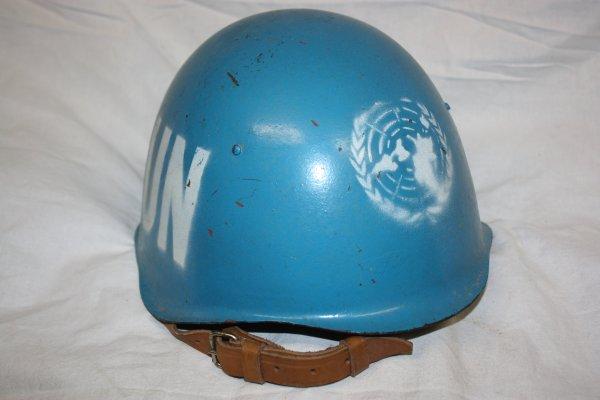 76. Casques polonais - Polish helmets.