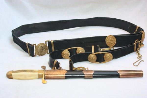 81. Dagues d'officiers  bulgares - Bulgarian officers daggers.
