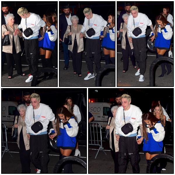 20/08 Sweetener Sessions à NYC : Ariana et ses proches se sont vite rendus à l'Irving Plaza à NYC après sa performance aux MTV VMAs 2018. En effet, c'est dans cette salle qu'a eu lieu le premier concert de sa mini tournée The Sweetener Sessions, organisée pour célébrer la sortie de son dernier album Sweetener.  Ariana, sa Nonna, Pete, Alexa et Courtney ont été aperçus alors qu'ils arrivaient dans la salle de concert.