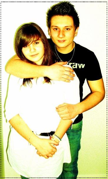 Alex & Moii (: <3