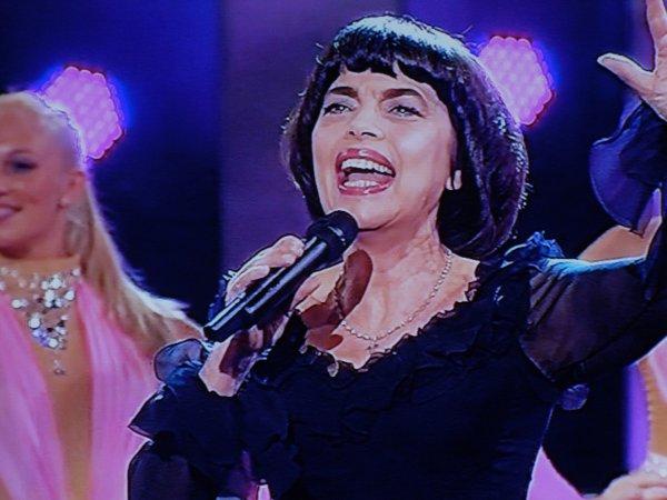 Mireille Mathieu im ZDF und ORF  in der Carmen Nebel Show am 11.05.2013 ( Teil 2 )